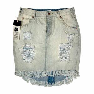 NWT LIRA   Denim Skirt